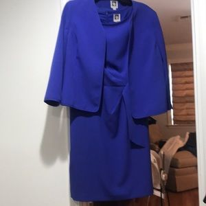 2 pc dress/ with sleeveless dress underneath